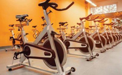 Có nên mua xe đạp thể thao tại nhà hay không?