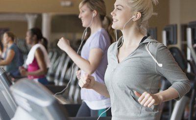 Hướng dẫn tập tăng thể lực với máy chạy bộ