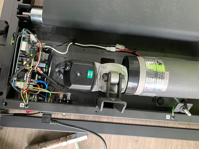 Máy chạy báo lỗi ER01 thường do bo mạch chủ bạn cần sự guos đỡ của kỹ thuật viên